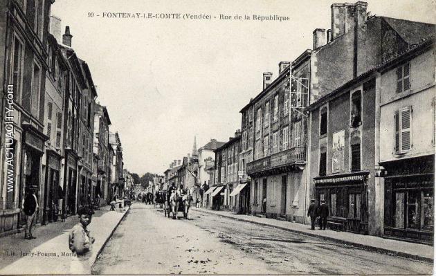rue_republique.jpg