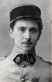 Aragon en uniforme