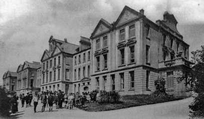 Collège Notre-Dame de Bon Secours. Source : https://www.theislandwiki.org/