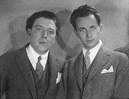 André Breton et Louis Aragon. Source : http://www.manray-photo.com