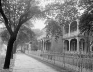 Government Street, Mobile, Alabama, 1900.