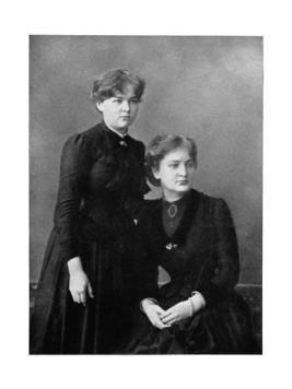 Bronia et Marie. Source : https://en.wikipedia.org/wiki/Bronis%C5%82awa_D%C5%82uska