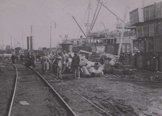 port_Vladivostok_1919.jpeg